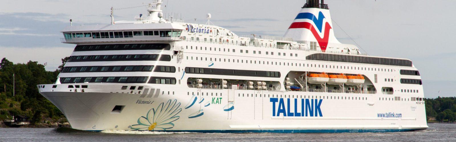 Risteily Victoria I  yön yli Itämerellä